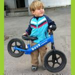 Поберегись! Юный гонщик на беговеле. Часть 2