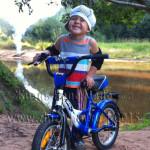 Как быстро научить ребенка кататься на двухколесном велосипеде?