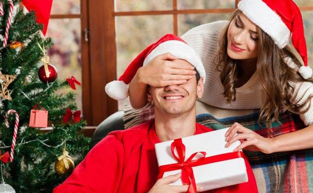 Лучшие подарки для любимого мужа на Новый Год: охотнику и рыбаку, военному и бизнесмену, автомобилисту и спортсмену