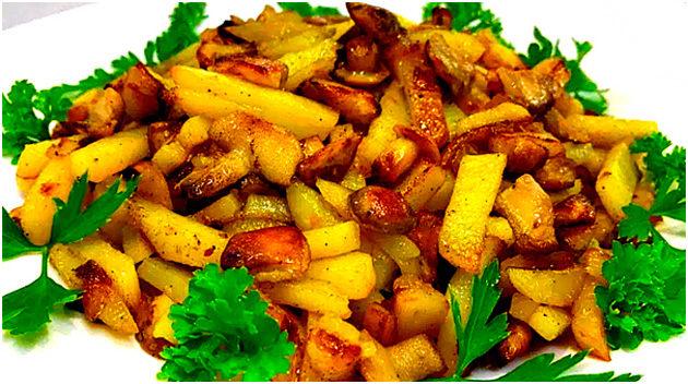 Грибы с картошкой на сковороде — как приготовить вкусно